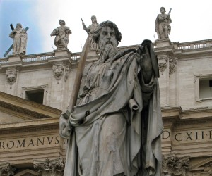 S_Statue-of-Saint-Paul-in-front-of-the-St.-Peters-Basilica-by-Giuseppe-De-Fabris-1840
